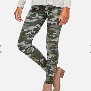NWT Justice Camo Leggings